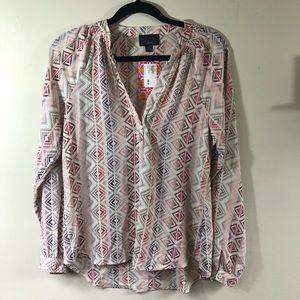 Lumiere Samantha V-Neck Long sleeve blouse